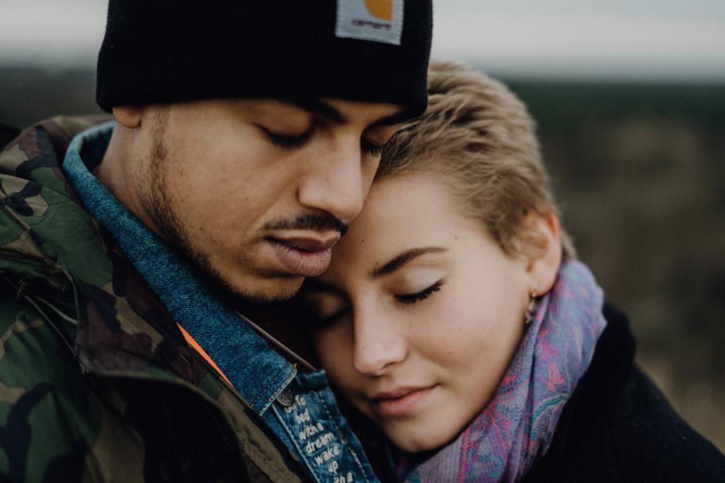 couple photoshoot engagement